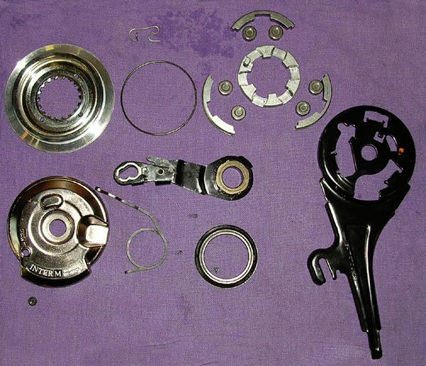 Front rollerbrake disassembled